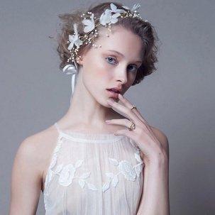 Coiffure Mariage Fleur Cheveux Court